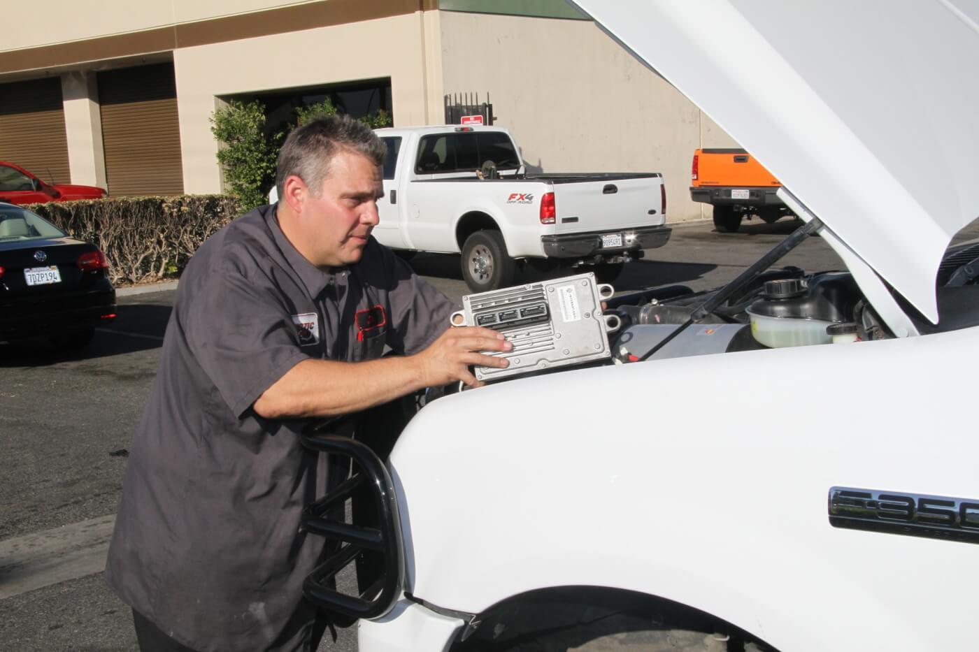 Fuel Injection Control Module FICM Board for 04-10 FORD F-250 F-350 6.0L Diesel