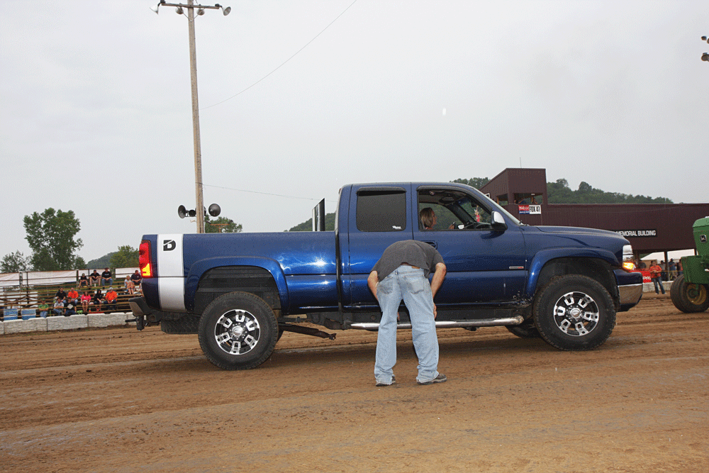 ... the driveline and suspension reinforcement that traction bars provide,  this LMM Duramax was doomed from the get-go. A hopping 7,200-pound truck  combined ...