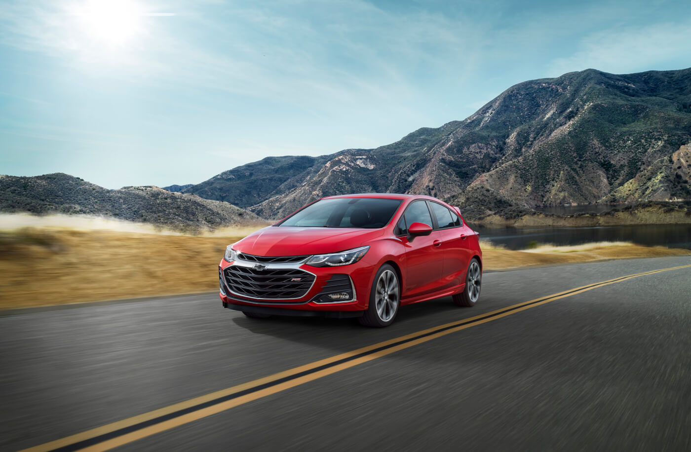 2019 Cruze Hatch RS' front fascia and grille is all-new.