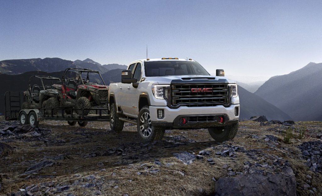 "X-Ray Vision: 2020 GMC Sierra HD Can ""See"" Through Trailers"