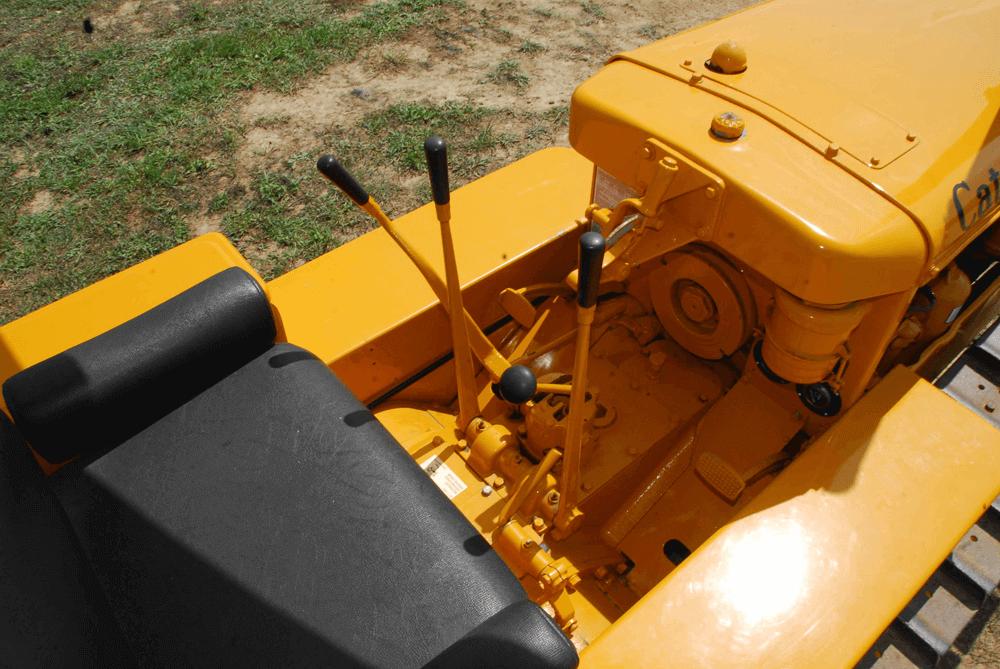 DW-1804-TRAC-03