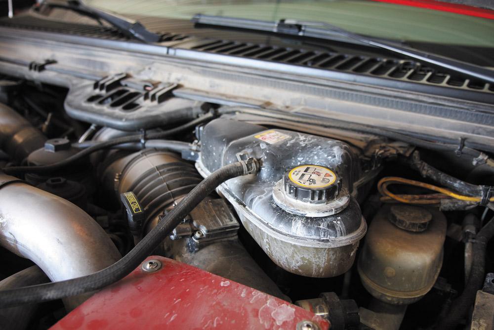 Ford Power Stroke 6.0L coolant residue on degas bottle