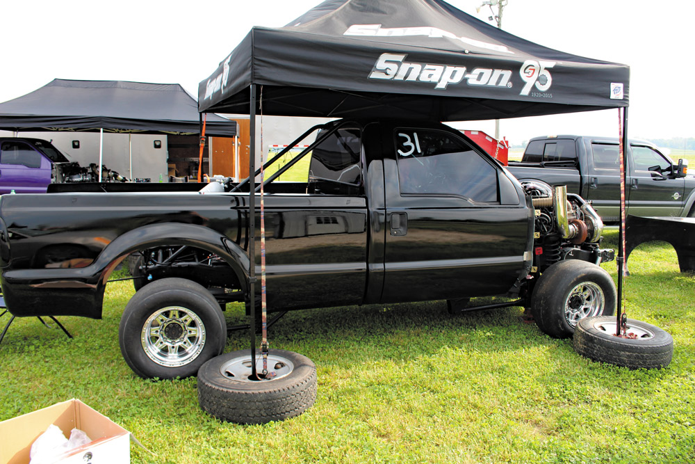 Austin Denny's 6.0L Ford Power Stroke Drag Truck