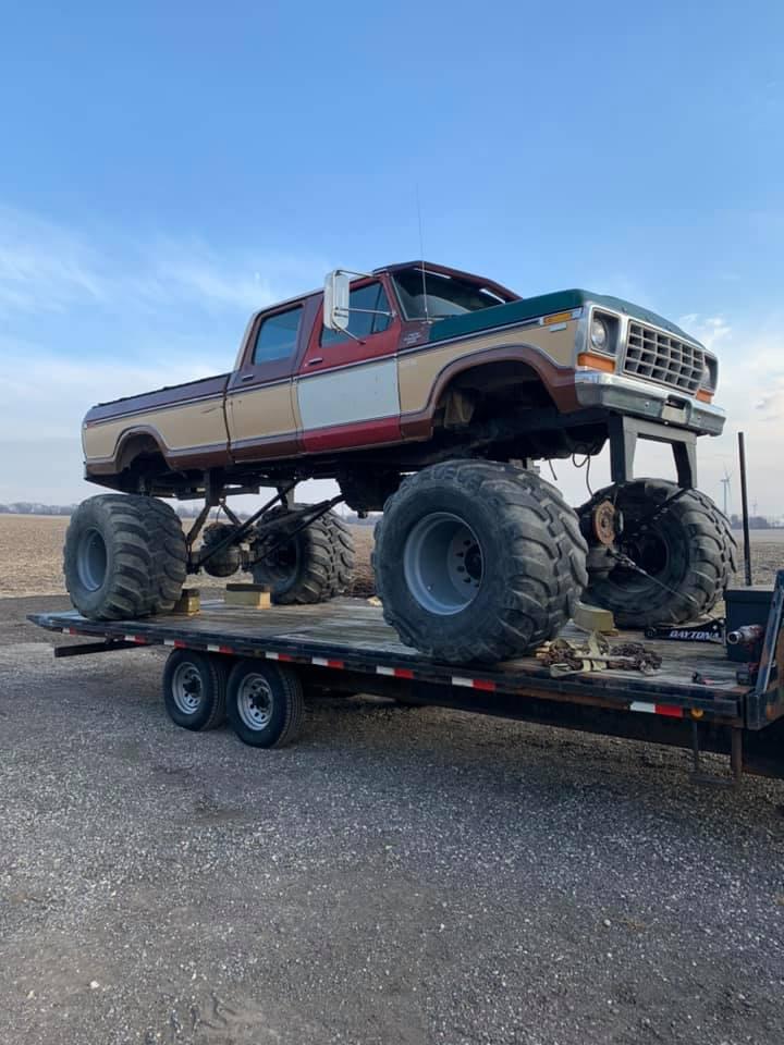 4x4 vintage ford monster truck